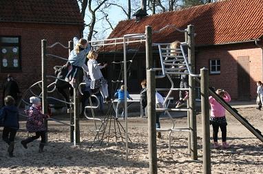 H_Spielgeräte_Pause.jpg©Gretel-Bergmann-Grundschule Eystrup